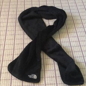 Black North Face scarf